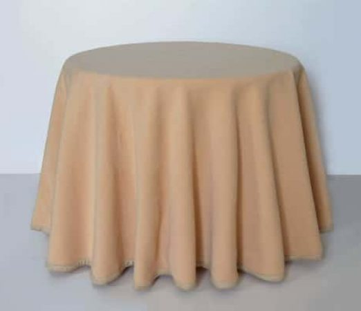 Falda redonda para mesa camilla de color beige
