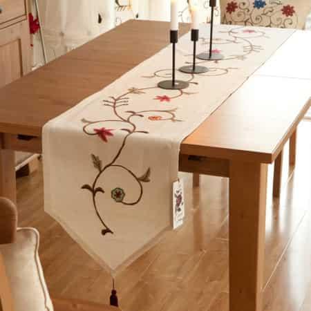 camino de mesa fibra natural 100% bordado