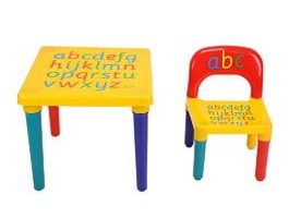 mesa con silla para niños