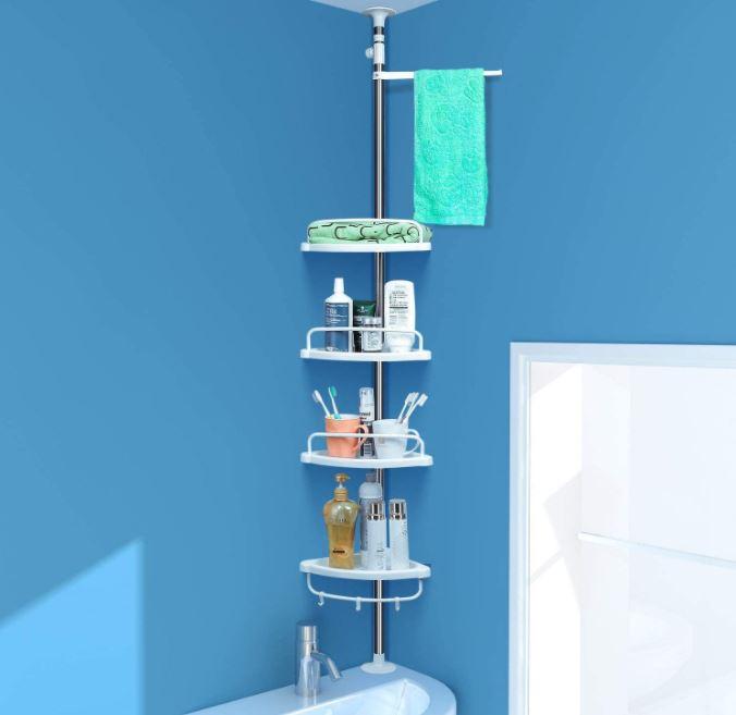 Estanterías de baño esquineras ajustables montadas sobre un lavabo  esquinero.