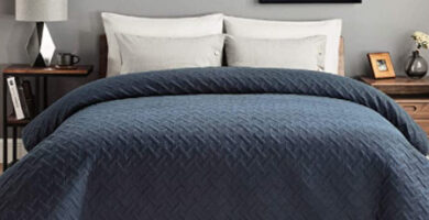 Varios tipos de colchas para camas